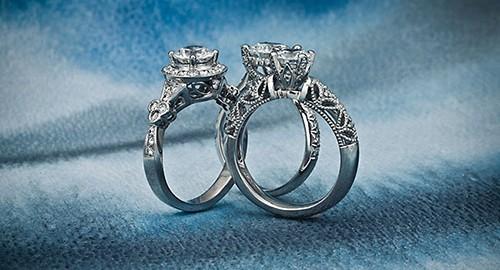 Creative Jewelry Photography